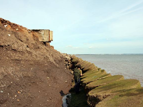 Skipsea revetment [Helen Wilkinson: 3 August 2007]